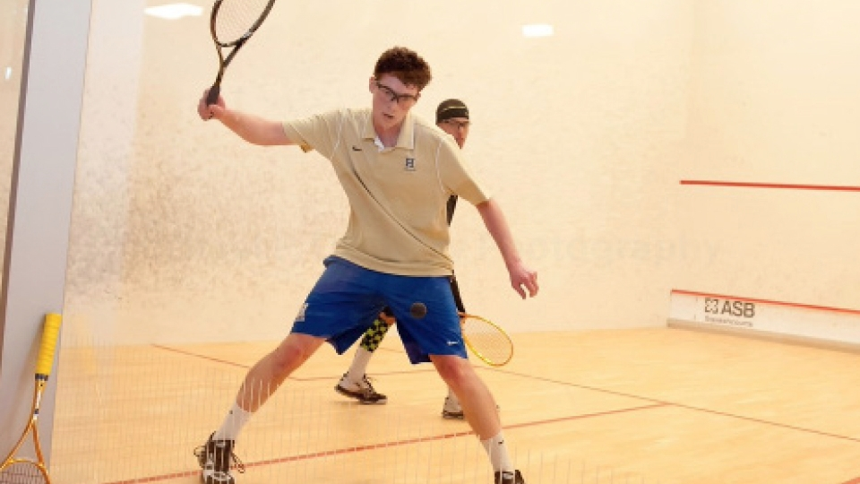 Rebuilding squash squads start seasons at Harvard tournament