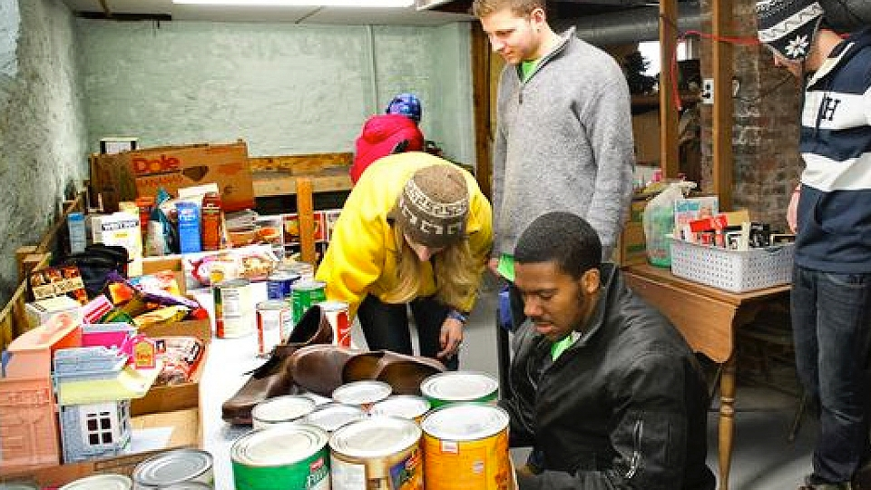 Students lend a hand at MLK Day of Service