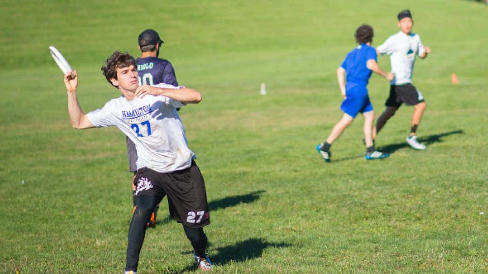 Ultimate frisbee uses fall season to acclimate first-year players