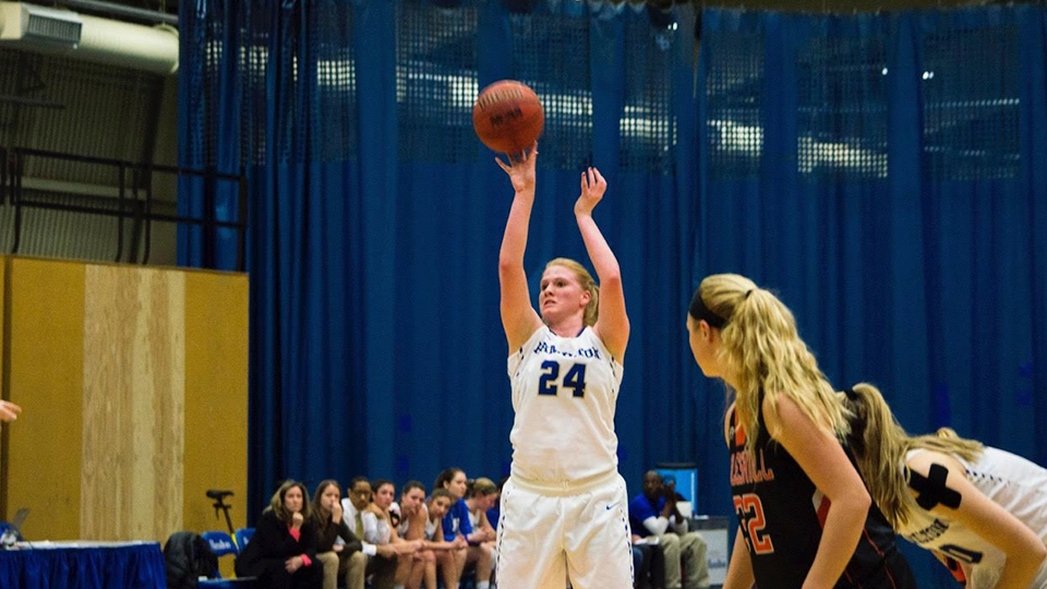 W. Basketball needs road wins to keep NESCAC playoff hopes alive